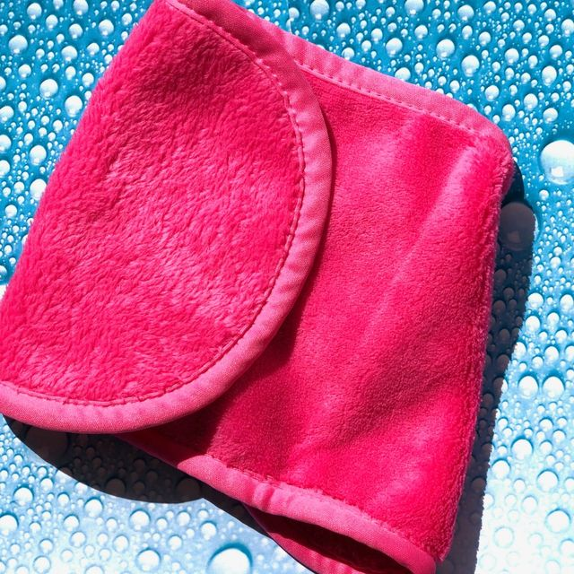 Magic Eraser Makeup Remover - Pink